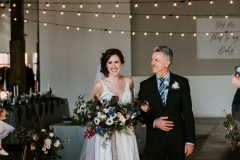there-is-so-much-to-love-in-this-diy-pipe-shop-venue-wedding-in-north-vancouver-stacie-carr-photography-39-700x1049-1