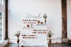 there-is-so-much-to-love-in-this-diy-pipe-shop-venue-wedding-in-north-vancouver-stacie-carr-photography-52-700x467-1